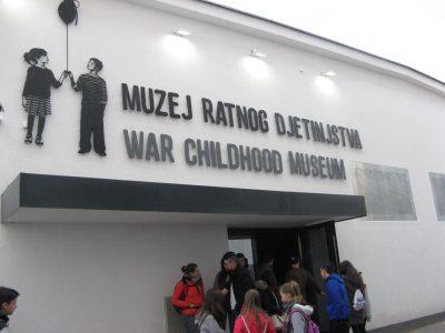 Unser Besuch im War Childhood Museum in Sarajevo