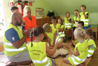 Erste Hilfe-Kurs für Vorschulkinder im Kindergarten